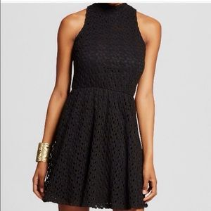 XHILARATION WOMENS DRESS BLACK LACE SZ M